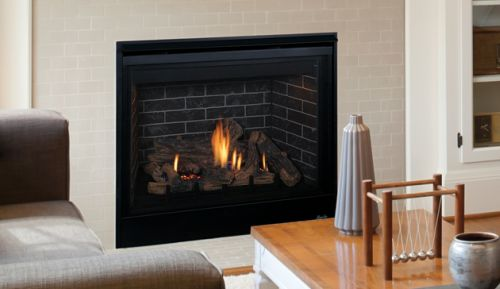 """45"""" DV Fireplace w/Charred Oak Logs and Blended Brown Liner - LP"""