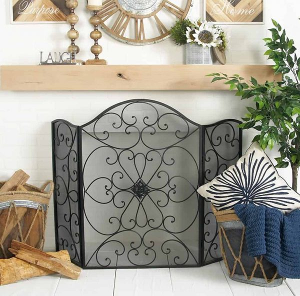 Traditional Style Accent Decor