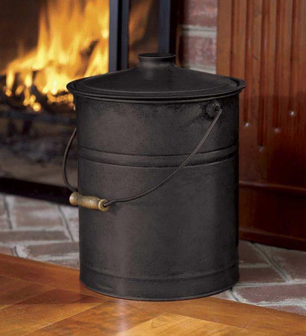 Double-Bottom Galvanized Steel Ash Bucket with Handle 1