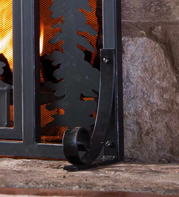 Mountain Cabin Small Fireplace Fire Screen with Door, Black 1