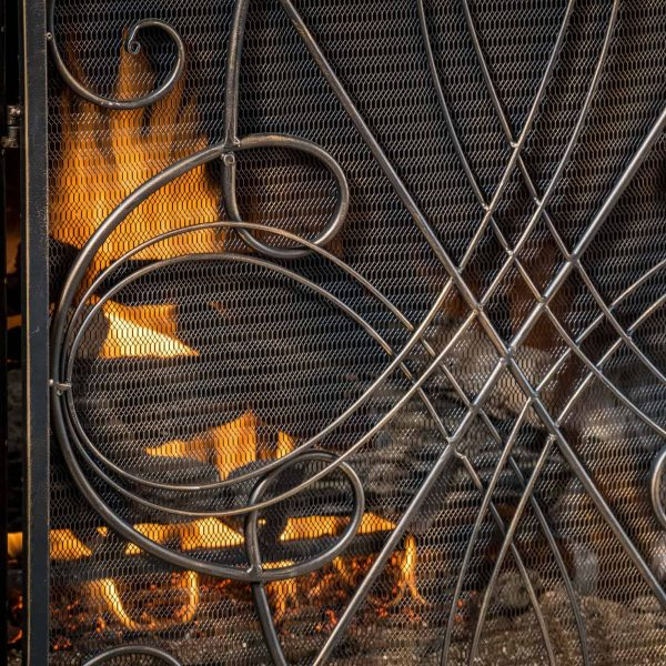 Oxford 3 Panel Iron Fireplace Screen 7