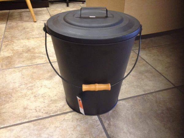 Pleasant Hearth Black Fireplace Wood Stove Ash Coal Bucket with Lid 843