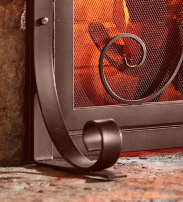Small Crest Fireplace Screen with Doors 2