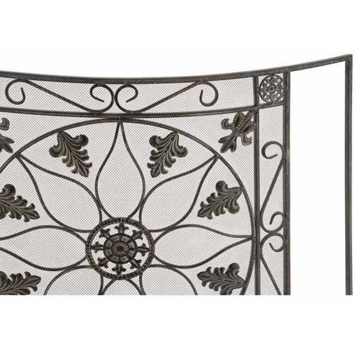 The Protective Metal Fire Screen 1